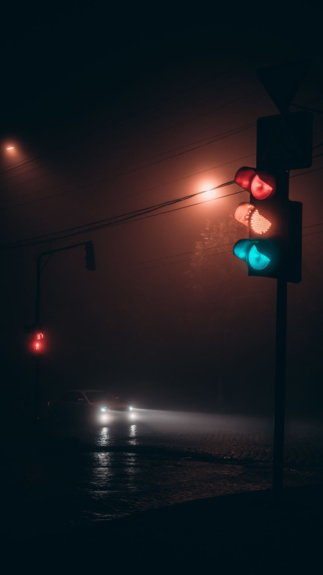 Traffic Lights Night iPhone Wallpaper